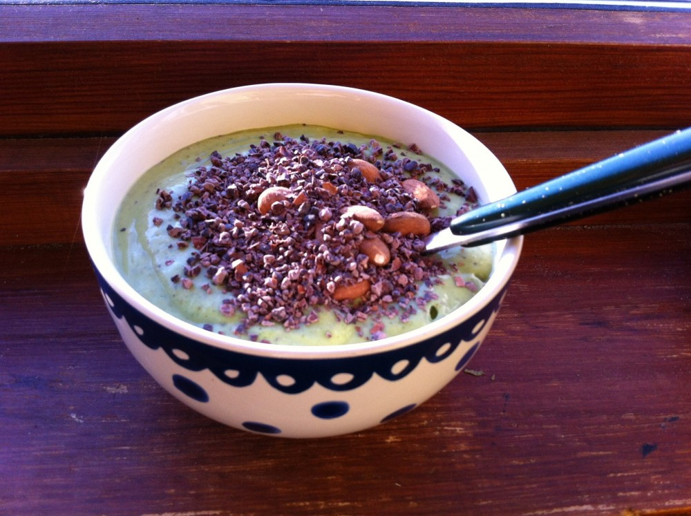 Breakfast Smoothie in a Bowl